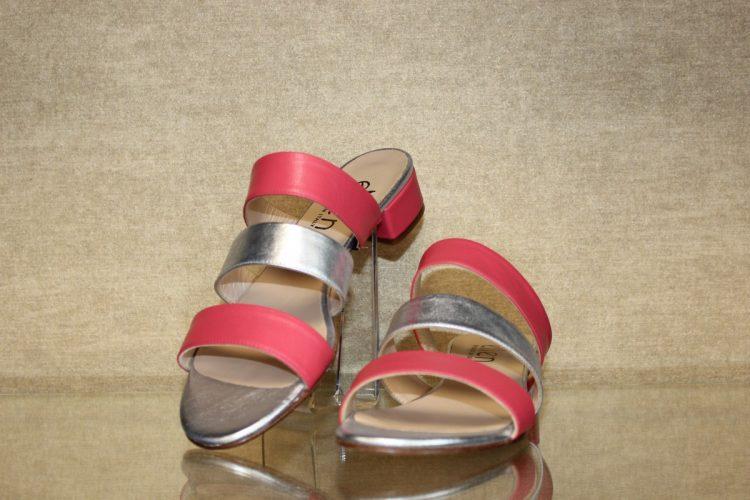 Nubukleder Sandale mit geschlossener Ferse von Gabor rot Schuhe Schwarzenberg
