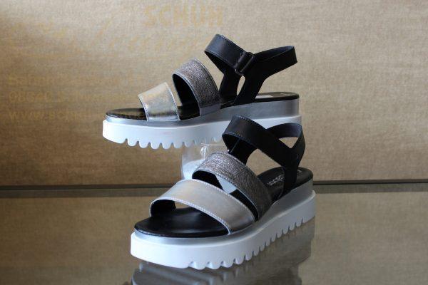 IMG 0011 Schuhe Schwarzenberg